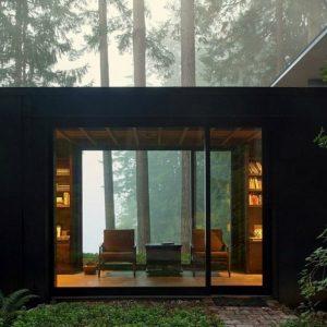 Dành 55 năm để cải tạo một cabin với cảnh quan ven hồ tuyệt đẹp