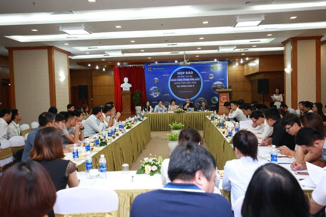 Sự kiện có sự tham dự của trên 60 cơ quan báo chí và đài truyền hình