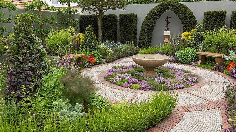 A Modern Apothecary Garden for St John's Hospice