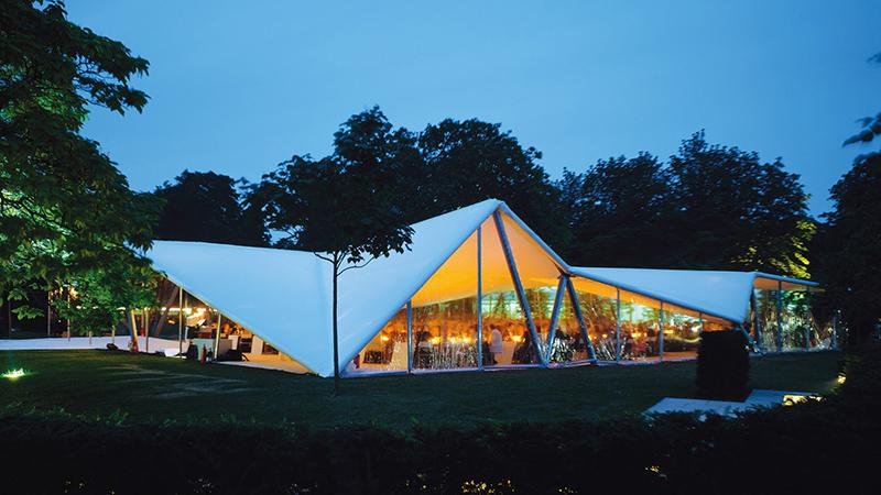 Serpentine Gallery Pavilion 2000 by Zaha Hadid